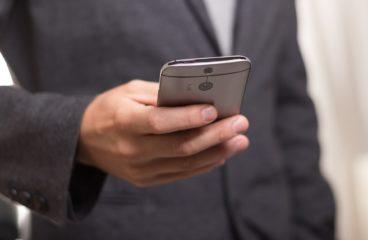 Hvor ofte kan du ringe til en som skylder penger?